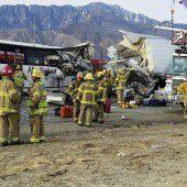 Mindestens 13 Tote bei Busunfall in Kalifornien