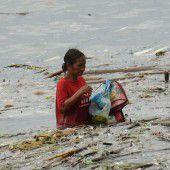 Tausende auf der Flucht vor Taifun Sarika