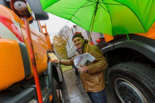 Der Transportunternehmer Ioan Boronea aus Rumänien hatte insbesondere die Lkw im Visier.  Fotos: VN/Paulitsch