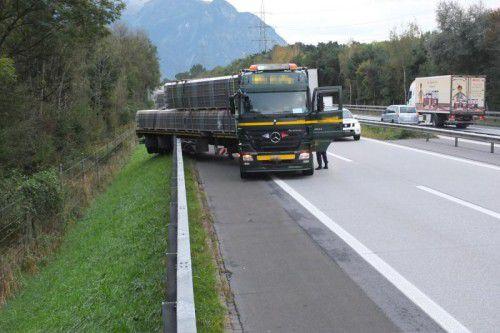 Der Unfall hatte eine stundenlange Sperre zur Folge. Foto: kapo