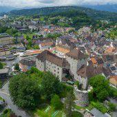 Täter schießt mit scharfer Waffe dreimal auf Mann in Feldkirch