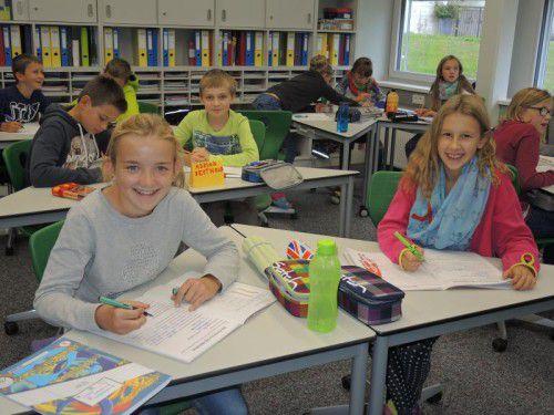 Die Mittelschüler haben die neuen Räumlichkeiten bereits voll in Beschlag genommen. Foto: hs