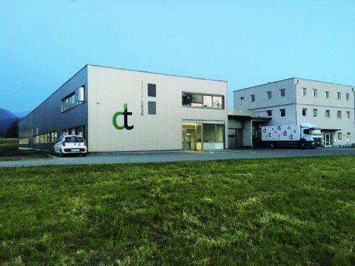 Die neue Halle der Druckerei Thurnher wurde nach neuesten ökologischen Vorgaben verwirklicht. Foto: Firma