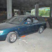 Autoscheiben zertrümmert