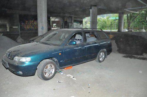 Die Polizei Wolfurt sucht nach Jugendlichen, die unter anderem diesen Pkw beschädigten. Foto: Polizei