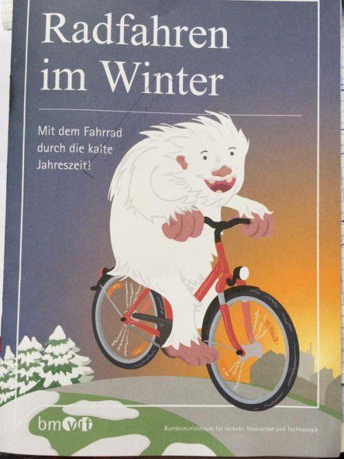Diese Broschüre begleitet Radfahrer durch den Winter. Foto: vn/mm