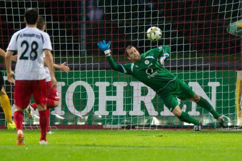 Dominik Seiwald rettete mit seinen tollen Paraden dem FC Dornbirn im Spiel gegen Tabellenführer Anif einen Punkt. Foto: stiplovsek