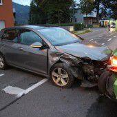 Auffahrunfall blockiert Verkehr im Schwefel