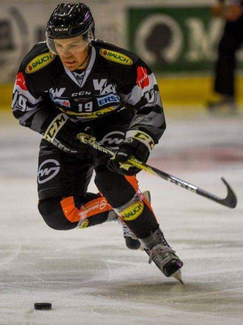 Dustin Sylvester ist mit elf Punkten in zwölf Spielen aktuell der beste Scorer in den Reihen des Dornbirner EC. Foto: gepa