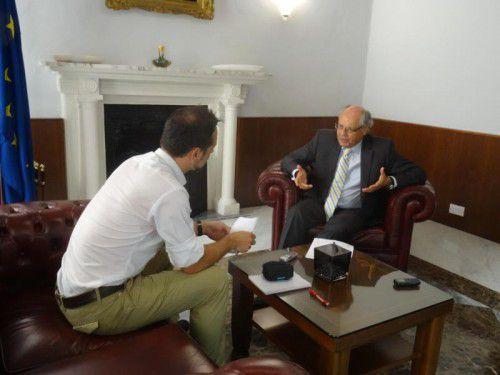 """Edward Scicluna im VN-Gespräch: """"Malta kann sich in internationalen Medien schwer verteidigen."""" VN/Prock"""