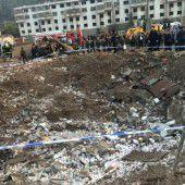 Schwere Explosion reißt 14 Menschen in den Tod