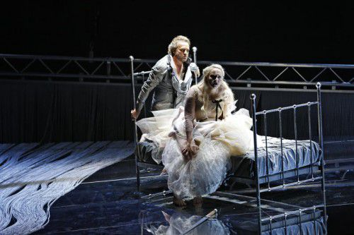 "Ein neuer ""Lohengrin"" in St. Gallen.  Foto: Theater/Freese"