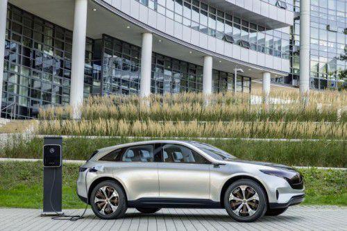 """Einem Bericht der """"Automobilwoche"""" zufolge planen die deutschen Hersteller, selbst für die Ladeinfrastruktur zu sorgen. Foto: Werk"""