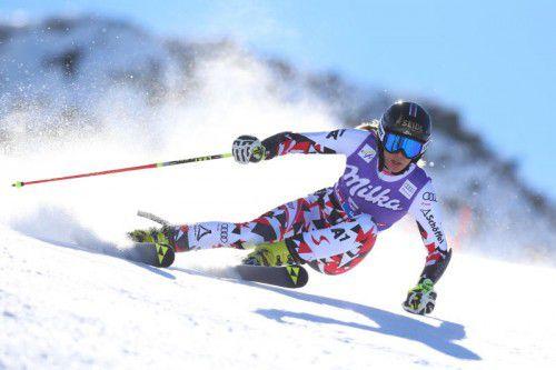 Elisabeth Kappaurer war im letzten Jahr schon beim Weltcupauftakt dabei, verpasste aber die Qualifikation für den zweiten Durchgang knapp. Foto: gepa