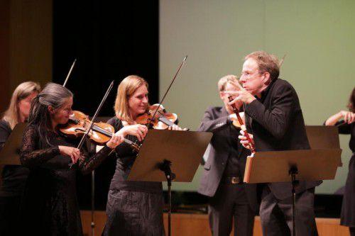 Ensemble Concerto Stella Matutina mit seinem Gast-Leiter Alfredo Bernardini. Foto: Lampert