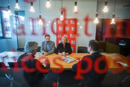 Gabriele Sprickler-Falschlunger und der stellvertretende SPÖ-Klubdirektor Lukas Riepler bei den VN zu Gast. Foto: VN/Steurer