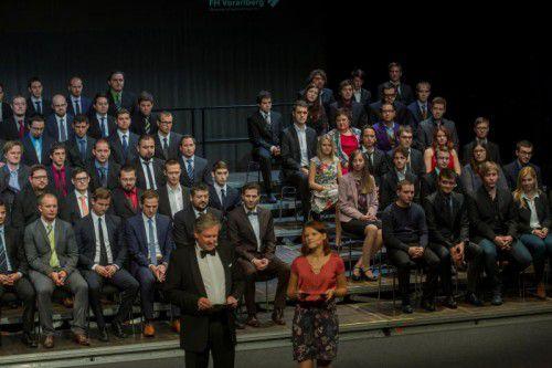 Gestern Vormittag ging im Kulturhaus die erste von drei Diplomfeiern der FH Vorarlberg über die Bühne. Fotos: VN/Paulitsch