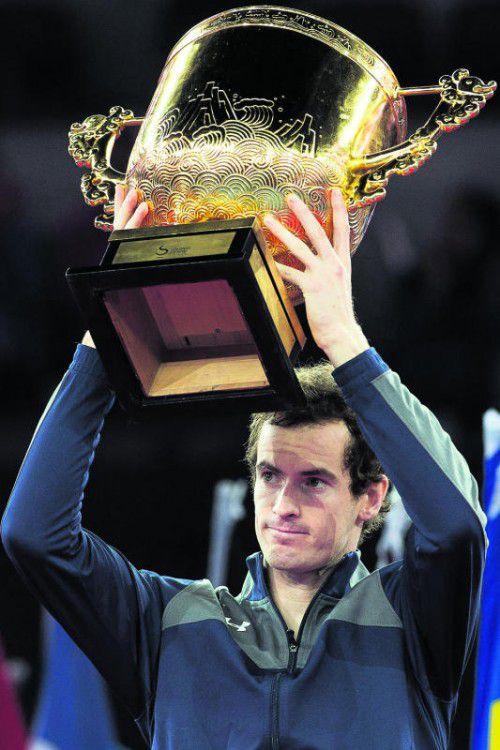 Holte sich den Siegerpokal in Peking: Andy Murray.  Foto: apa