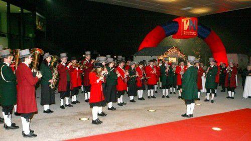 """Impressionen von der ersten """"Ma hilft""""-Gala im Jahre 2007. Sie fand im Festspielhaus statt. Foto: VN"""