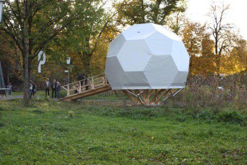 In der Kugel im Reichenfeld-Areal werden Stummfilme mit Livemusik-Begleitung gezeigt. Foto: Doh