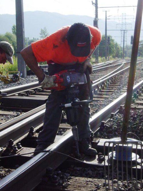 Intensive Bauarbeiten an den Weichen am Bahnhof.