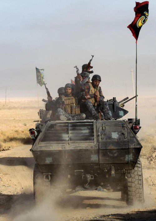 Irakische Streitkräfte nähern sich der Stadt. Foto: AFP