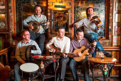"""""""Irish Folk rough and ready"""", serviert von der jungen Band Raparee. foto: Darren Best"""