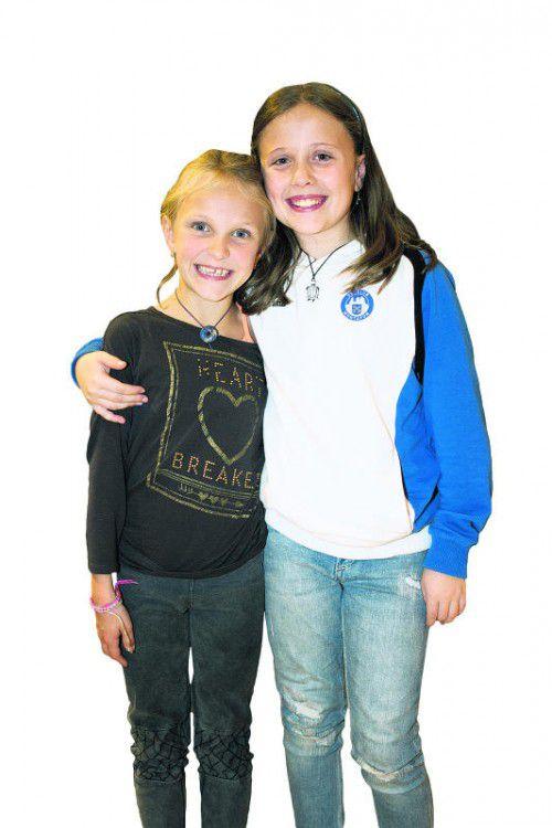 Junge Fans: Anna Berthold (l.) und Sarah Mangeng.  Fotos: Franc