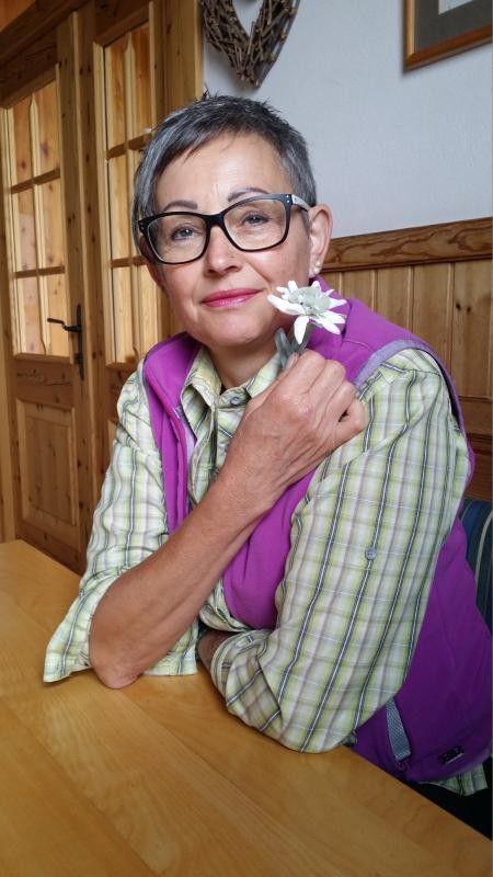 Marina Feurstein litt an Krebs. Sie ist dankbar dafür, die lebensbedrohliche Krankheit überlebt zu haben.