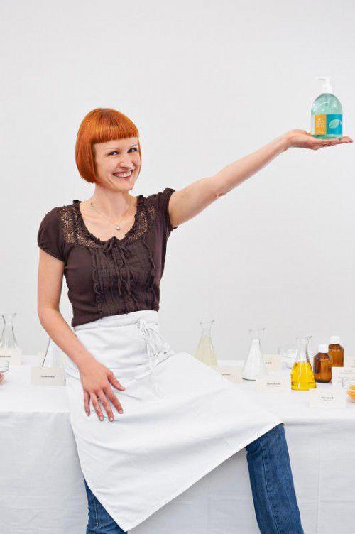 Marion Reichart setzt auf Naturstoffe in Reinigern.