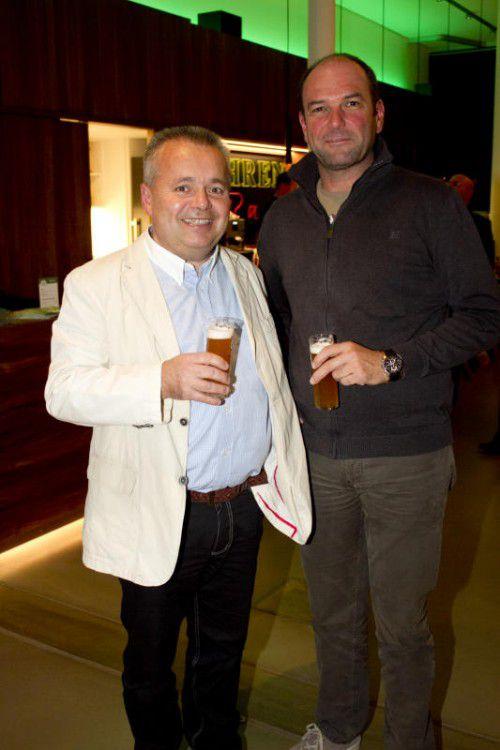 Metzgermeister Gerold Hosp (li.) und Baumeister Christof Marte.