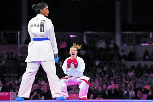 Nach dem Kampfrichterentscheid und der WM-Bronzenen ließ Bettina Plank den Emotionen freien Lauf.  Fotos: GEPA, Grafoner/4