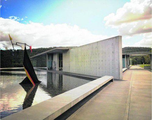 Neben ausgezeichnetem Wein finden Architekturliebhaber im Skulpturenpark zahlreiche Werke berühmter Architekten.