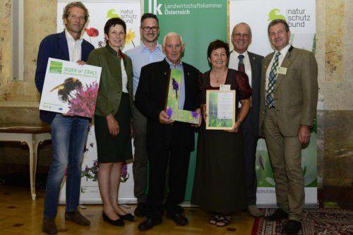 Preisverleihung mit Martin Breiner, Andrea Schwarzmann, Familie Pfefferkorn, Roman Türk, Gebhard Bechter.
