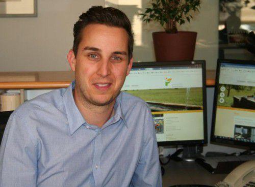 Projektleiter Christian Neyer freut sich über die neueWebsite.