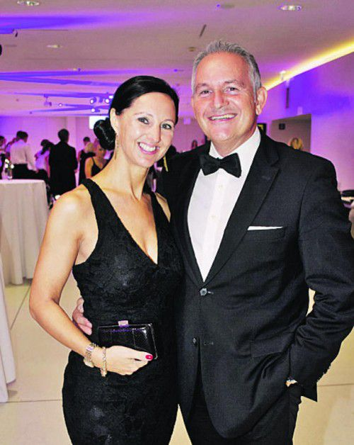 Sabine und Renato Schneider (Autohaus Strolz).