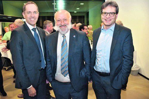 Steuerberater Klaus Wöginger, RE/MAX-Inhaber Reinhard Götze, Notar Richard Forster.