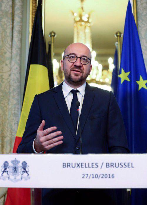 Tagelang wurde verhandelt, bis Belgiens Premier Claude Michel eine Einigung mit den Regionen verkünden konnte. Foto: reuters