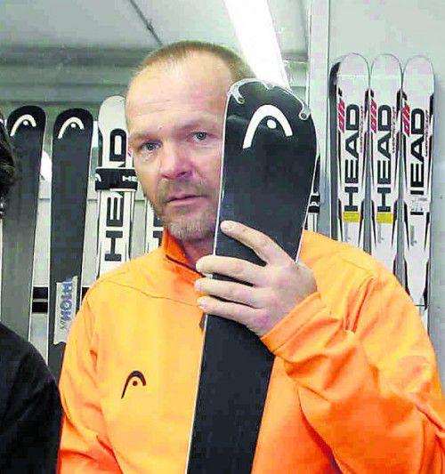 Thomas Rehm übernimmt das Ski-Service bei Lara Gut. Foto: hB