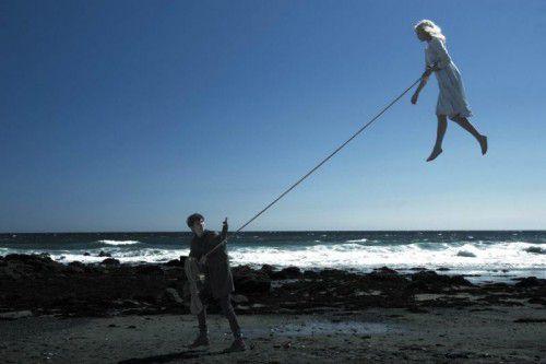 Tim Burton bietet eine gelungene Mischung aus Fantasy, Horror und Action. FotoS: Filmverleih