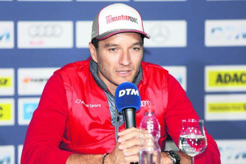 Timo Scheider musste in einer improvisierten Pressekonferenz beim Hockenheim-Rennen unfreiwillig seinen DTM-Abschied verkünden.  Foto: noger