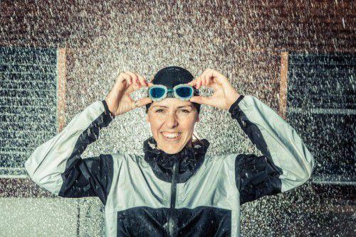 Triathletin Bianca Steurer nimmt am Samstag den Ironman Hawaii in Angriff. 3,8 Kilometer Schwimmen, 180 Kilometer Radfahren und 42,195 Kilometer Laufen erwarten sie bei der Weltmeisterschaft. Fotos: VN/STEURER