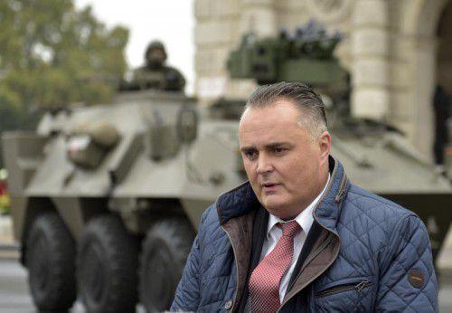 Verteidigungsminister Hans Peter Doskozil plant die Errichtung eines Bundesheerdenkmals auf dem Wiener Heldenplatz. FOTO: APA