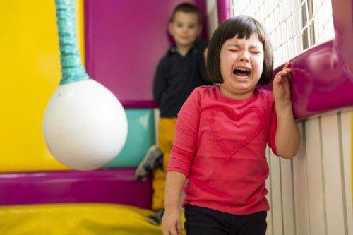 Viele glauben, dass Vorschulkinder leiden, wenn ihre Mütter arbeiten.
