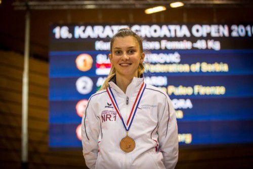Vivien Moric holte Bronze im Kumite Juniors 48 kg.