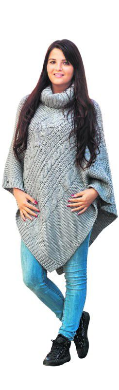 Warm eingepackt: Madeleine aus Bregenz trägt einen Woll-Poncho von Esprit in Bregenz. Erhältlich um 59,99 Euro.               Foto: VN/Steurer