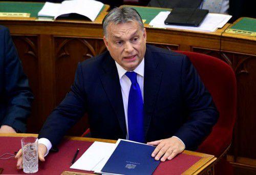 Wegen seiner Flüchtlingspolitik erntet Ungarns Premierminister Viktor Orban Kritik aber auch Lob. FOTO: AFP
