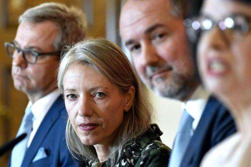 Wolfgang Bergmann, Stella Rollig, Kulturminister Thomas Drozda und Sektionsleiterin Andrea Ecker. Foto: APA