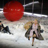 Josef und Maria von Peter Turrini am Vorarlberger Landestheater