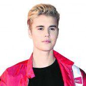 Justin Bieber spielt in Kneipe